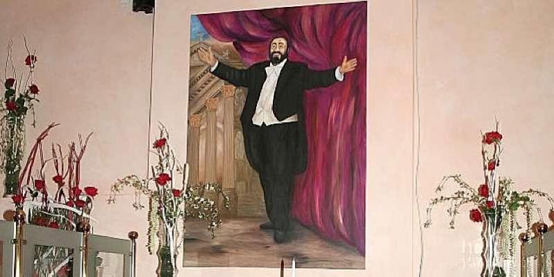 Pavarotti01
