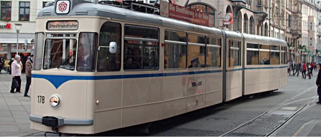 Stadtführung mit der historischen Straßenbahn